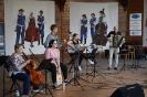 Zespół Berdo umilił czas swoją muzyką zebranym na stadnionie gościom